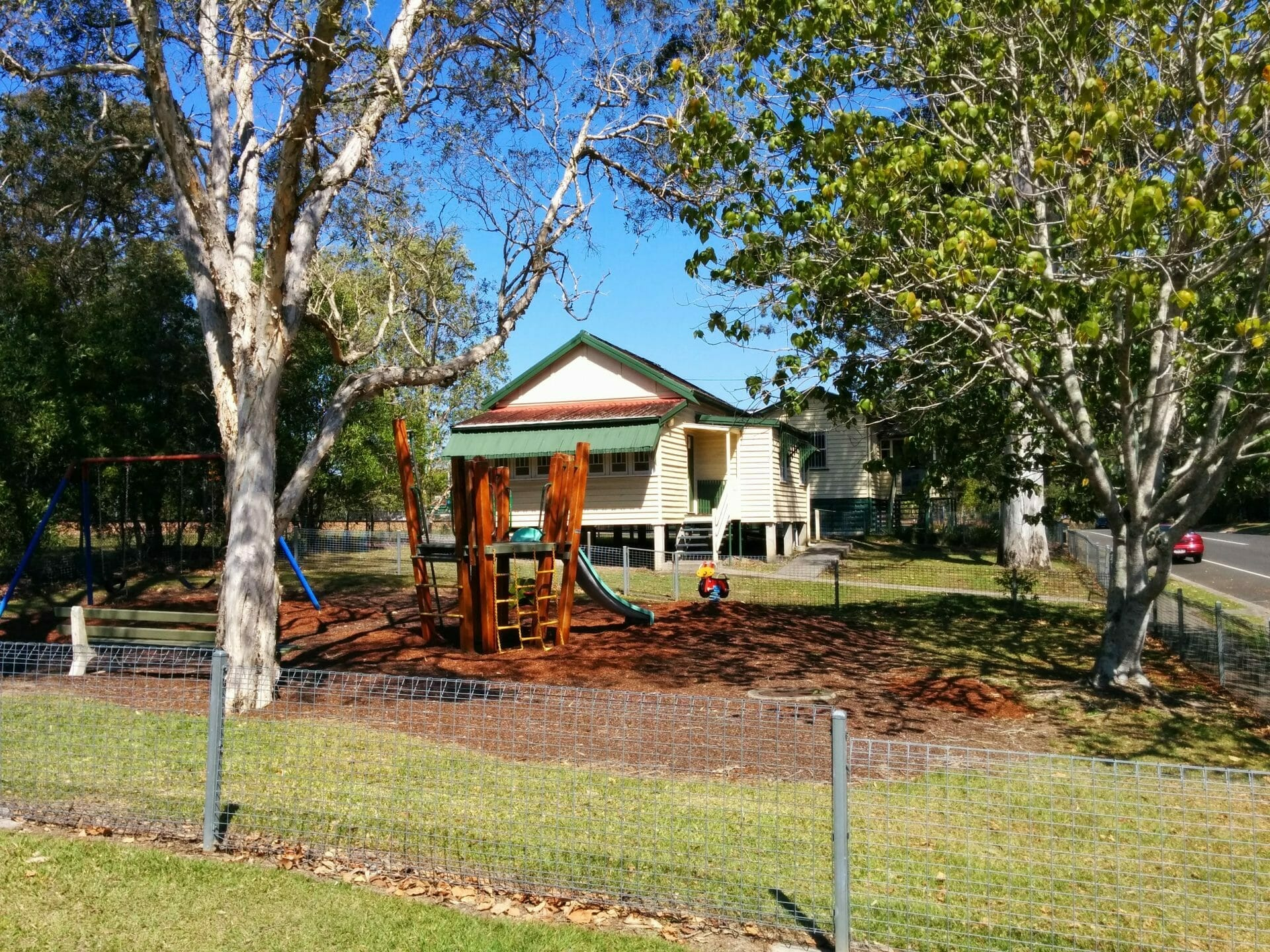 Morris House Neighbourhood Centre 2014