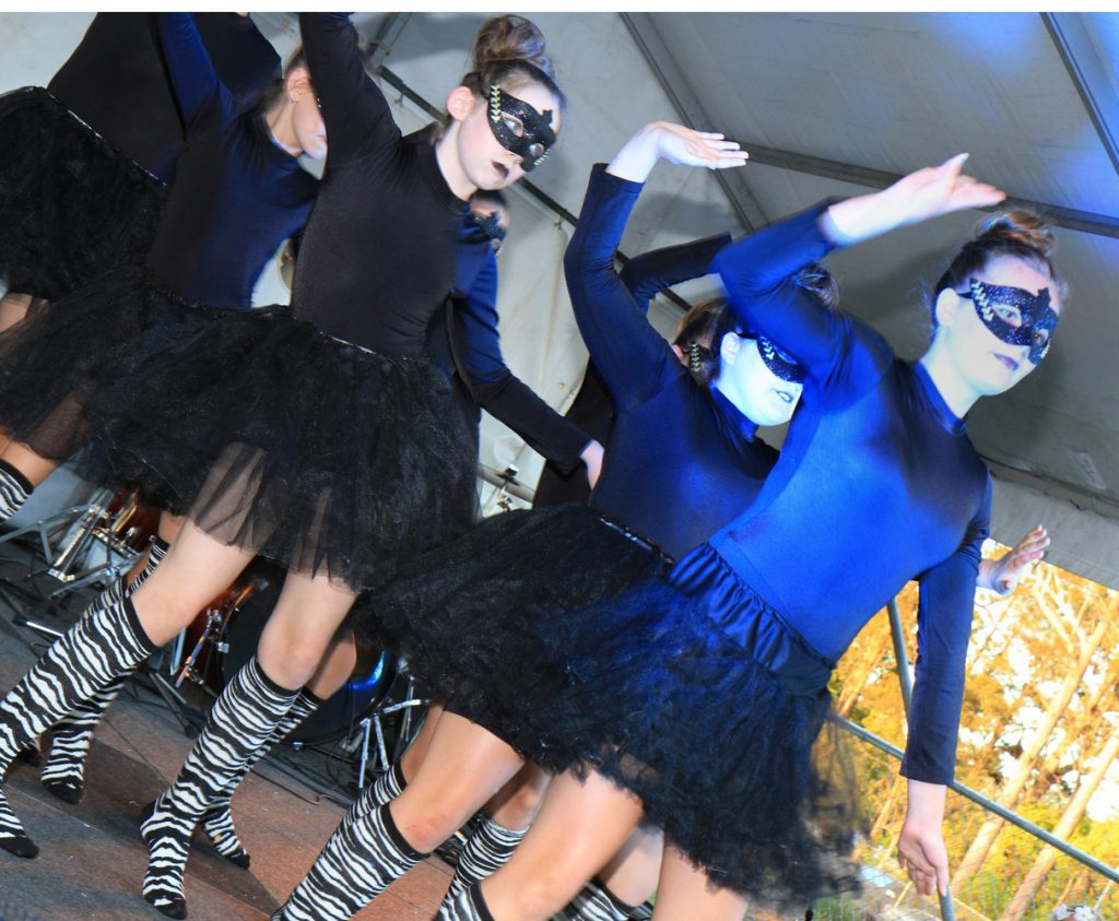 Dancers Beerwah 2014