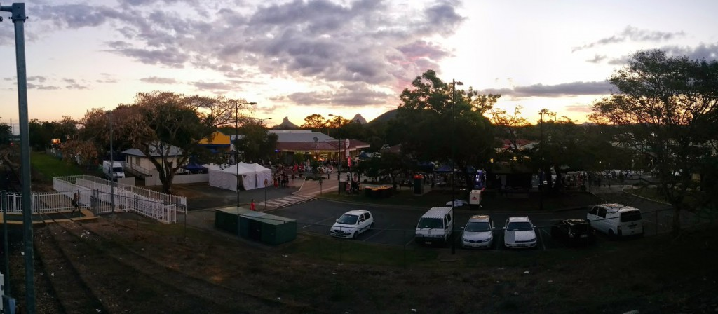 PANO 05 View to the Mountains Beerwah Street Party 2014
