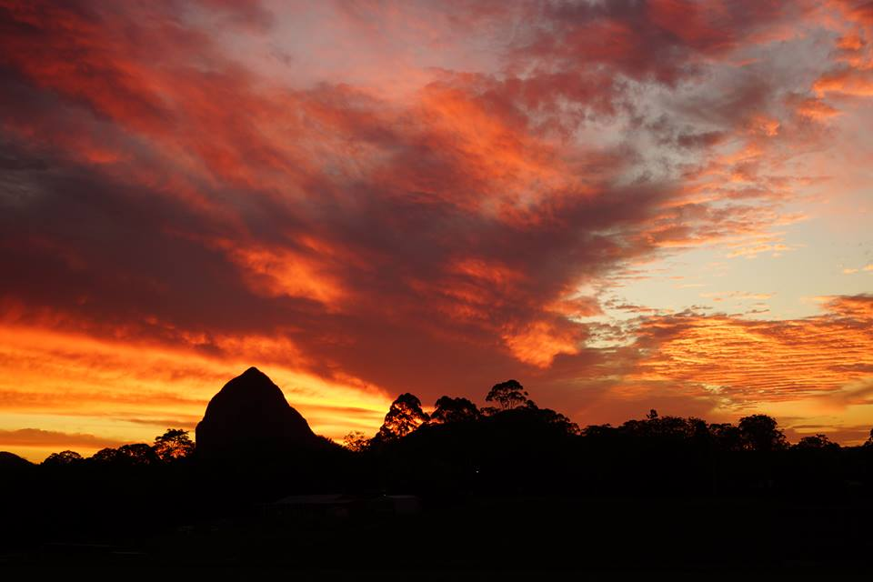 Eleven Hills Adventures Glass House Mountains