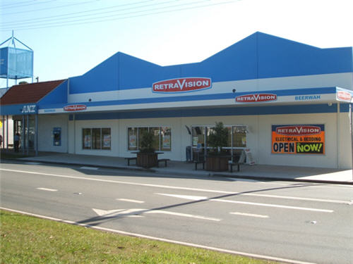 Front View of RetraVision in Beerwah CIRC 2009