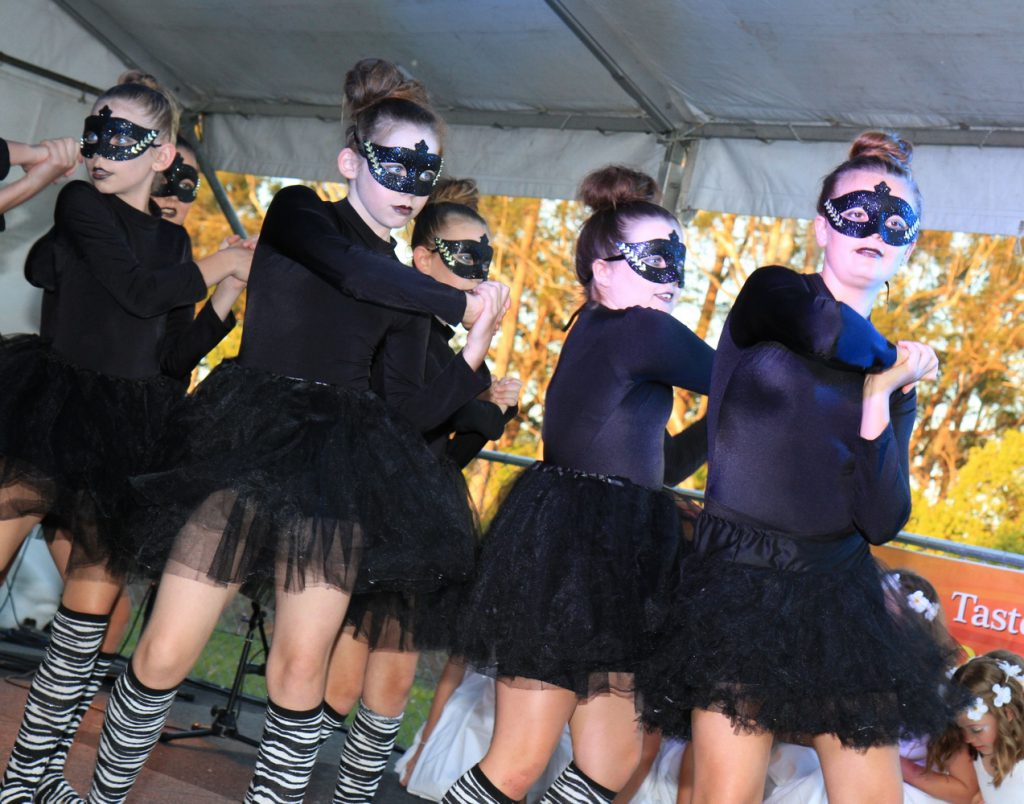 School Girls Perfomance Beerwah Street Party and Celebration