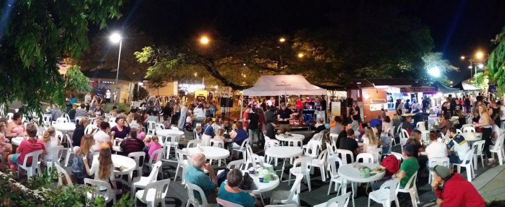 A Fantastic Evening of Entertainment and Music Celebrate Beerwah Street Party 2015